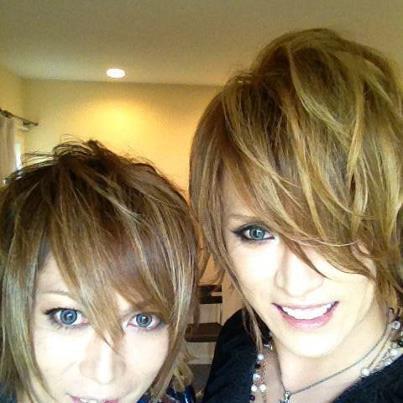 Nouvelles photos de Kamijo sur son Facebook<3