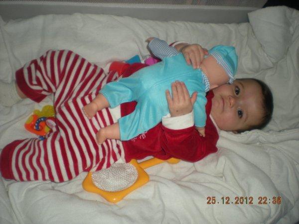 ma fille et sa poupee