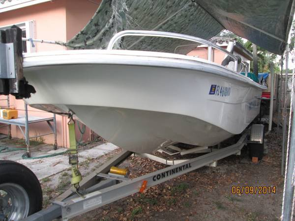 218 DLV Carolina Skiff