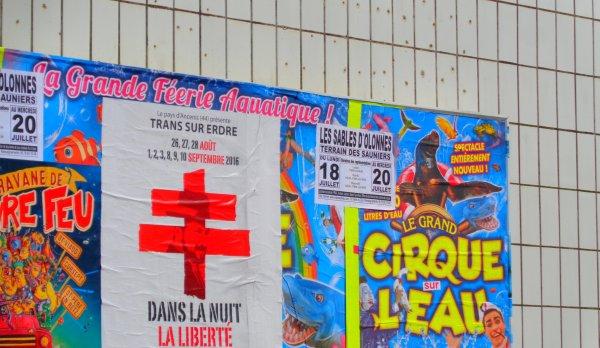 REPORTAGE SUR LE CIRQUE SUR L'EAU AUX SABLES D'OLONNE ... L'AFFICHAGE