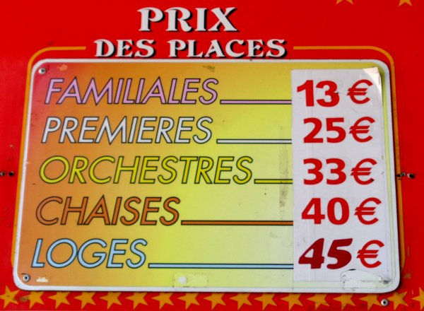 REPORTAGE SUR LE CIRQUE PINDER AUX SABLES D'OLONNE EN 2016... LA CAISSE (2)