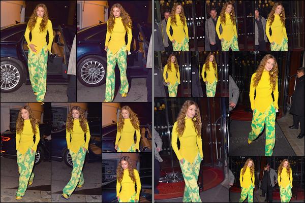 - '-—04/03/19-''⛬ Gigi N. Hadid a été photographiée alors qu'elle se baladait dans les belles rues parisienne. Plus tard, lors de la même soirée la blonde a été photographiée quittant son hôtel pour situé à Paris. Côté tenue je lui accorde un FLOP. -