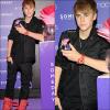 Jeudi 23 Juin : Justin faisant la promo' de son parfum « Someday »