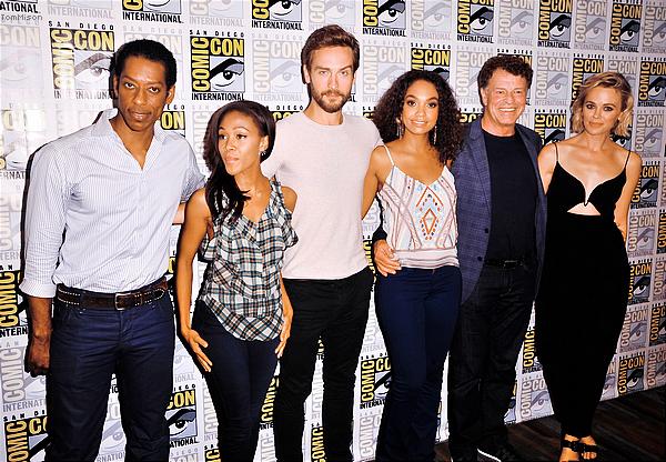 """• • • Tom était au """"Sleepy Hollow"""" Press Line Comic Con 2014 • • • 25 Juillet 2014"""