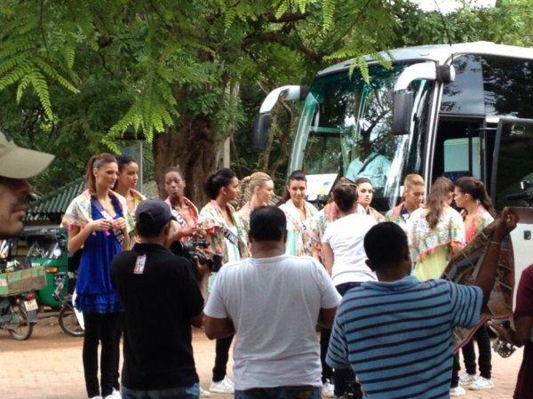 2013/11/23: Marie Chartier au Sri Lanka