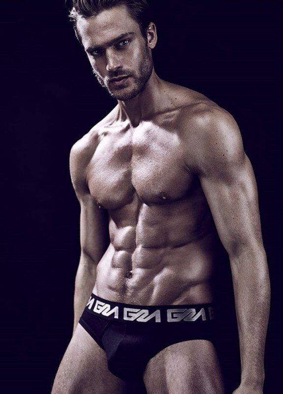 Jason Morgan pour Garçon Model !