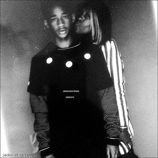 . ♦ 6 Avril 2013 ~ Jaden Smith posant avec différentes tenues surement pour son nouveau clip pour sa musique Shakespeare qui sera posté Lundi. TOP OU FLOP ?   .