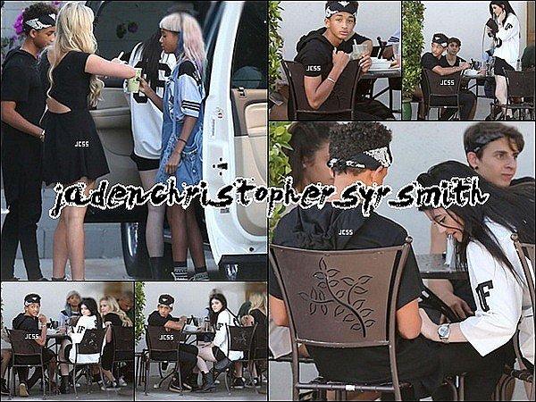.  23/ 07/ 13 : Jaden Smith était présent en compagnie de son demi frère Trey Smith pour l'événement Jaguar and Gilt. Il en a aussi profitez pour prendre des photos avec certains fans et d'autres célébrités. .