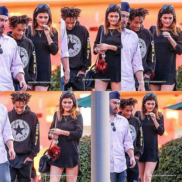 .  23/ 02/ 14 - Jaden a été aperçu souriant au coté de sa copine Kylie Jenner sortant du Sugarfish à Calabasas à Los Angeles. TOP OU FLOP ?   .