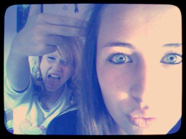 Nous sommes deux folles