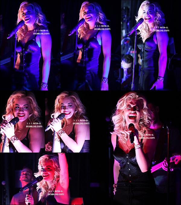 Jeudi 26 Avril - Los AngelesRita Ora était en concert au Viper Room. Elle y a interprété ses singles tels que  « How We Do (Party)  » et « R.I.P ». Elle a également fait une reprise de  « Say My Name » des Destiny 's Child. Le chanteur d'Aerosmith, Steven Tyler était présent pour la soutenir. Après son concert, Rita s'est rendu à « l'hôtel de Londres » pour rencontrer ses fans, prendre des photos avec eux et signer des autographes.