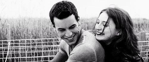 La meilleure chose dans la vie est de trouver quelqu'un qui connaît tous tes goûts, tes erreurs, tes faiblesses et qui te trouve quand même magnifique.