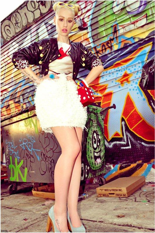 Magazine Nylon 2012