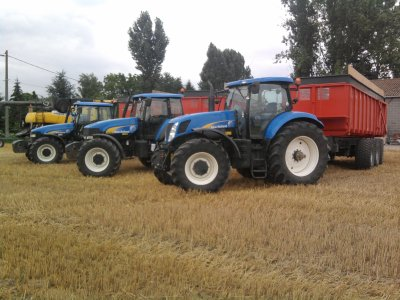 Une premiere photo des New Holland ;)