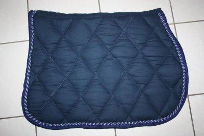 tapis de selle bleu marine es creation. Black Bedroom Furniture Sets. Home Design Ideas
