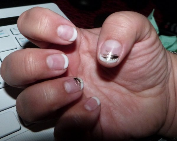 Pose de gel sur ongle naturel +french+deco