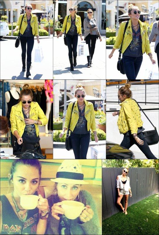 """. [11/04/2012] Hier après-midi, Miley a fait du shopping avec sa mère Tish, dans Calabasas. Elle a d'ailleurs posté une photo d'elles deux sur son twitter en y ajoutant """"J'❤ mes journées avec Maman. Elle me rend tellement heureuse."""" .  Alors TOP ou FLOP ? Pour moi ce sera un TOP, j'aime beaucoup ce style rock, et j'adore sa veste jaune. . . Miley a également posté deux autres photos sur twitter; - """"Ayant un de ses jours avec beaucoup de colliers"""" // Une photo d'elle pied nu, où elle ajoute """" I'm going #withoutshoes today so kids don't have to."""" C'est en fait une association qui lutte pour les enfants qui n'ont pas de chaussures et donc qui risquent des infections ou des maladies. ."""