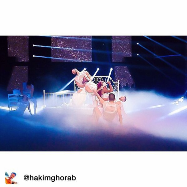 "Repost from @hakimghorab Nouveau single ""Effet de serre"" Direction artistique : hakim ghorabChorégraphie : @sirdiaz Stylisme : @rudeboyroro et Shirley Hair & Make Up : Julien CharlierHair danseuses : @highnabilityDanseurs : @louismoana @stef1op @arnauddeprez1 @ugociullaBEST TEAM EVER !! MERCI Avec amour."