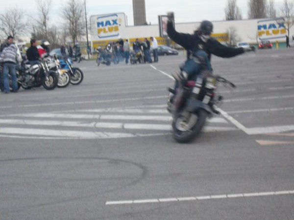 brest stunt