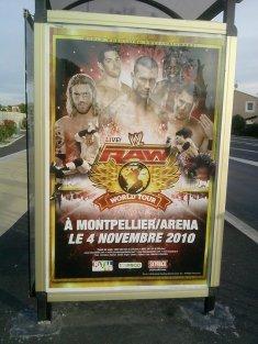Sur les abribus de Montpellier!