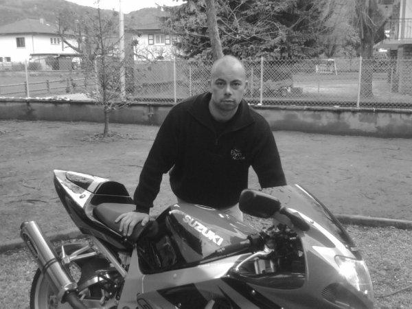 la moto avant de mon fils