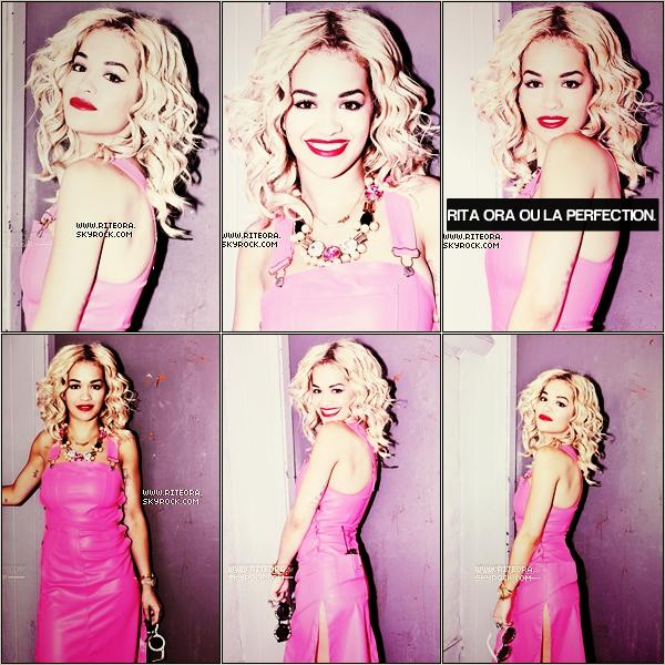 [a=].  Photoshoot -   Mlle Rita posant pour la première fois pour la célèbre Ondrea Barbe.   [a=].