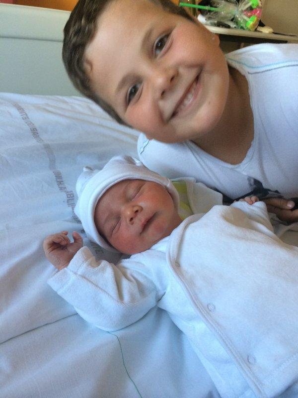 mes 2 petits fils que j'adore