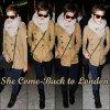 14/12/10 Emma est de retour dans la capitale anglaise afin de célébrer les fêtes de fin d'années au prés de sa famille elle est arrivée à l'aéroport d'Heathrow . Pas térrible la tenue
