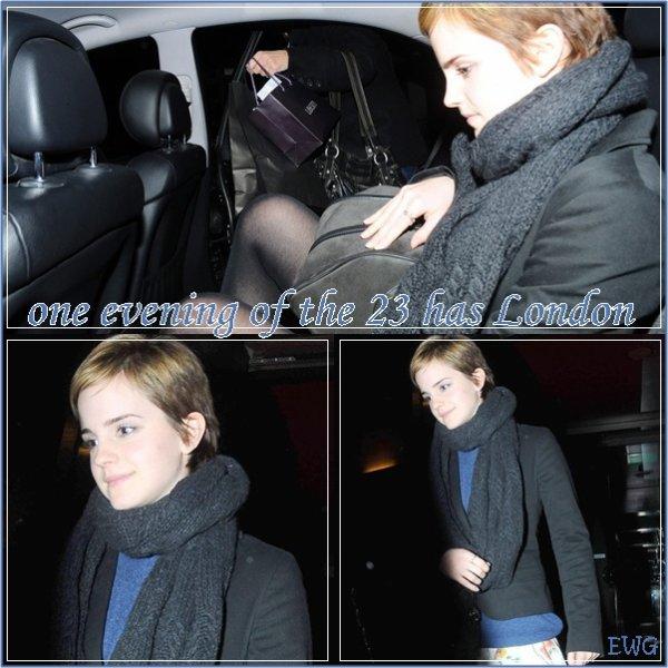 23/12/10 : Emma à été apercue dans la nuit à Londres ( cliquer sur l'image si vous la voyez trop petite )