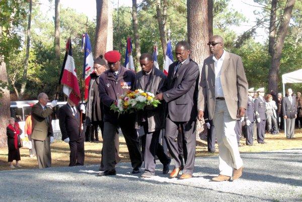 Cérémonie du 11Novembre 2011 à la Nécropole de la Teste de Buch
