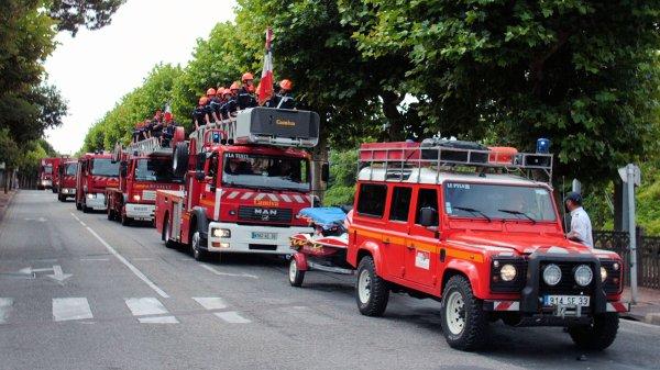 Défilé des Sapeurs pompiers du Bassin d'Arcachon zone sud et Cérémonie du 14 juillet 2009 à la Teste de Buch (4 eme partie)
