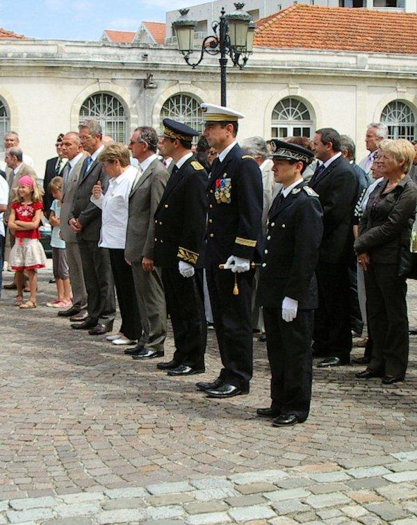 Cérémonie au monument aux Morts de la Teste de Buch le 14 Juillet 2009 (1ere partie)