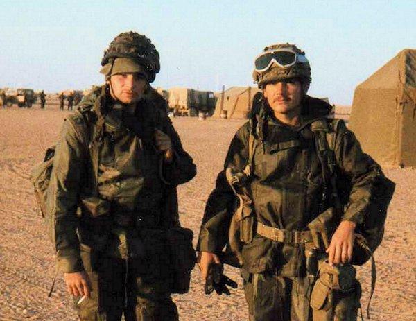 Guerre du Golfe 1990/1991   MIRAMAR  (douche de campagne  et les alertes scuds)