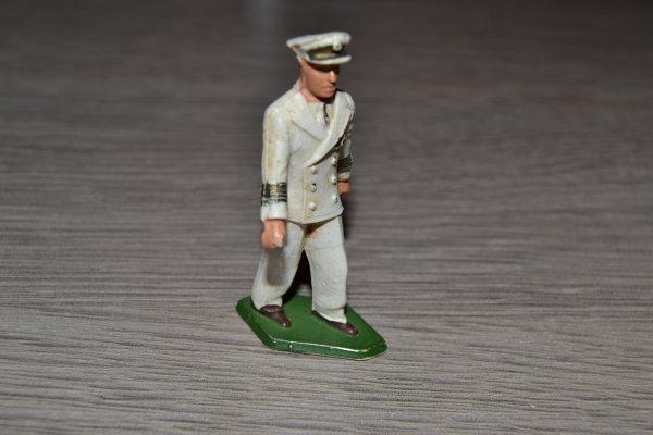 Ceinturon + baudrier + cartouchière + épaulettes Maréchal des logis Gendarmerie Française années 1980 et Képi Adjudant Troupes de Marine