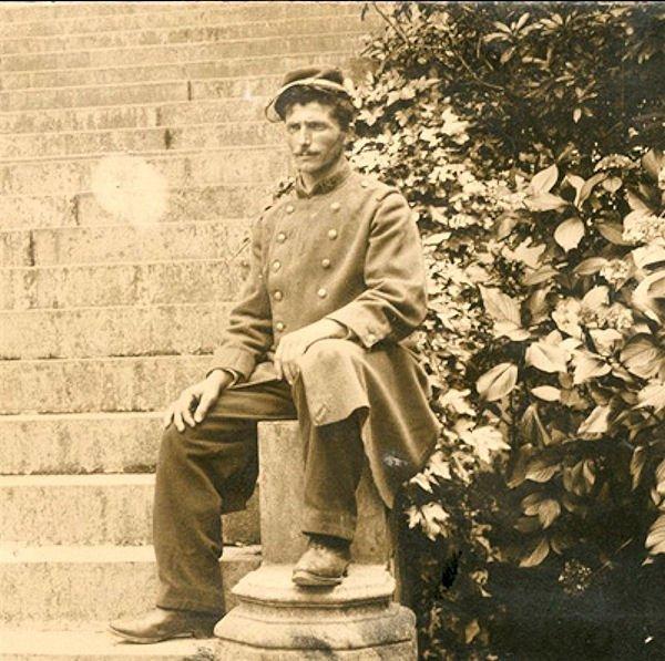 recherche états signalétiques et des services de mon arrière Grand-Père jean DUCOS