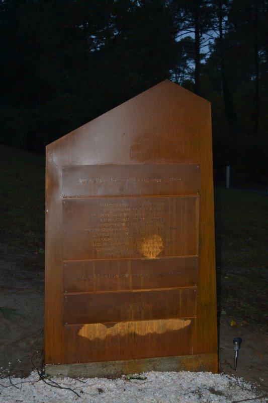 Cérémonie inaugurale de la nécropole du Natus.