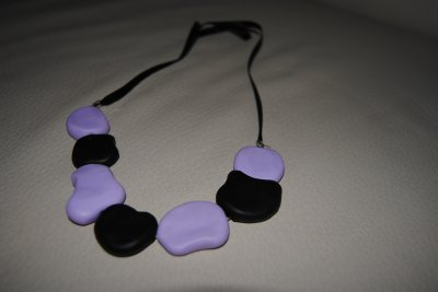 Parure noire et violet