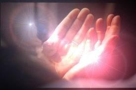 """{ Et Votre Seigneur ( azawajal )a dit : """"Invoquez-moi, j'exaucerai vos demandes. Ceux qui, par orgueil, se refusent à M'adorer entreront bientôt dans l'enfer, humiliés }"""