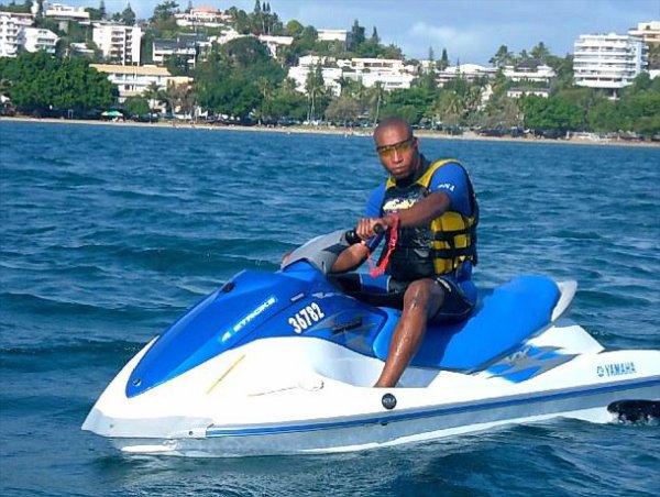 La nouvelle Calédonie c le rêve , en scooter des mers  encore plus !!!