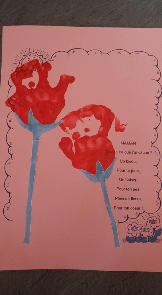 fleur empreinte de main pour maman ..Jade 16 mois