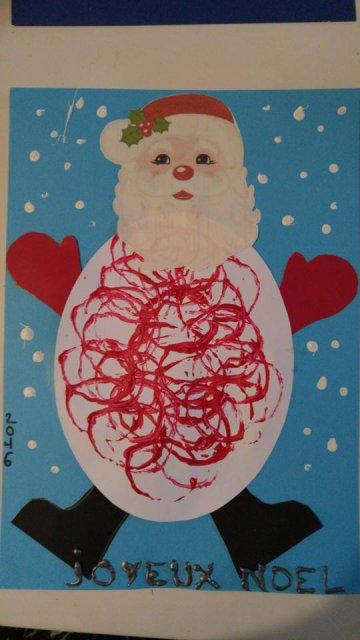 Père Noel sous la Neige (peinture au rouleau de papier toilette)