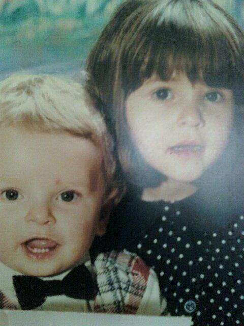 mon fils kevin et ma fille melissa quand il etai petit je les aime tellement mè enfants