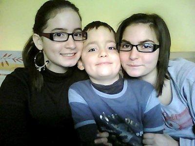 Ma soeur , mon frere et moi