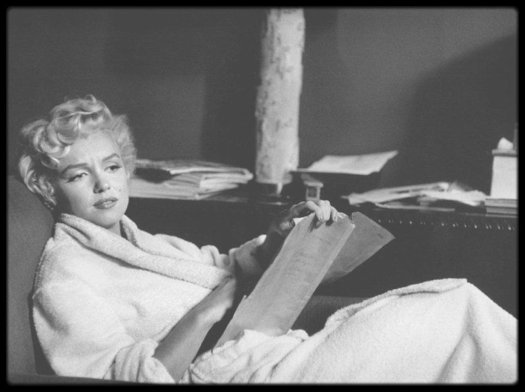 "1954 / Photos Elliott ERWITT et Bob HENRIQUES, Marilyn lors du tournage du film ""The seven year itch""."
