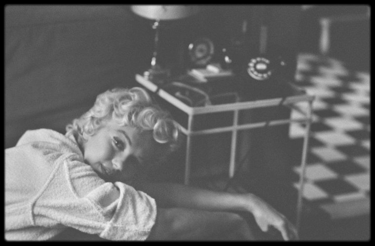 "1954 / Photos Elliott ERWITT et Bob HENRIQUES, Marilyn lors du tournage du film ""The seven year itch""."