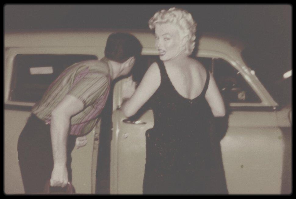 1955 / Un cliché de Marilyn à New-York by James HASPIEL