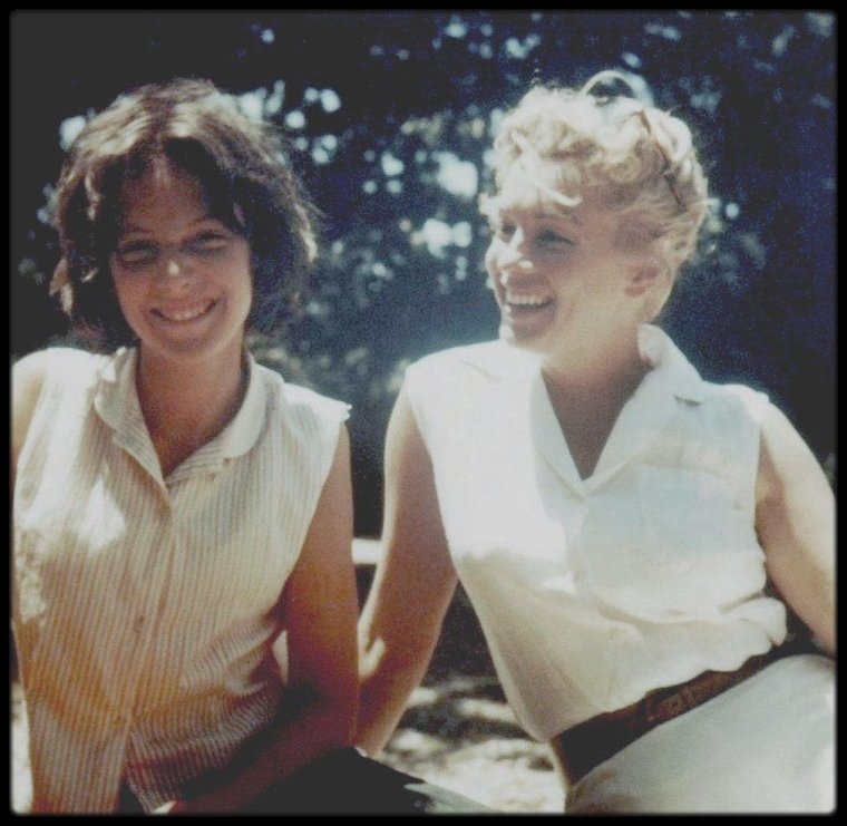 1956-57 / Marilyn et jane, fille d'Arthur MILLER à Roxbury.