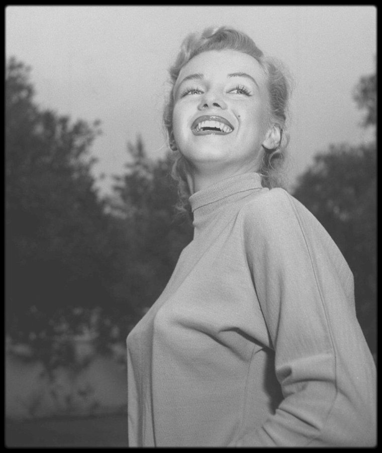 1950 / Young Marilyn by Earl LEAF.