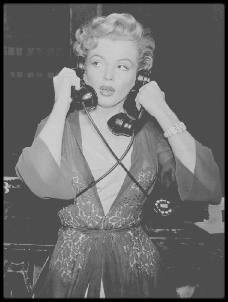 blog de marilyn rare and candid page 53 marilyn monroe rare candid. Black Bedroom Furniture Sets. Home Design Ideas