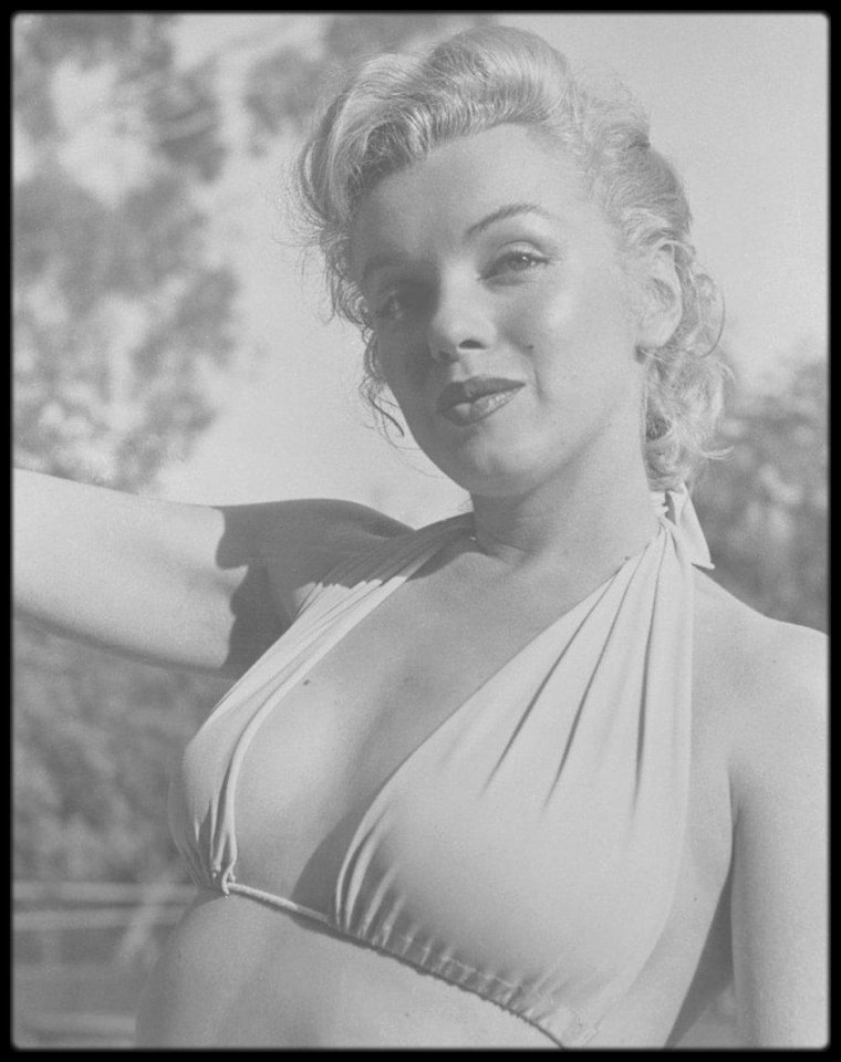 1950 / (PART II) Hollywood, Marilyn vue par le photographe Bob BEERMAN.